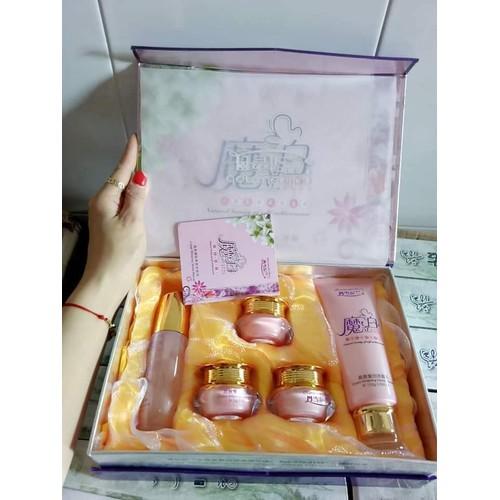 Bộ dưỡng da Danxuenilan hoàng cung hồng - 8956358 , 18582882 , 15_18582882 , 300000 , Bo-duong-da-Danxuenilan-hoang-cung-hong-15_18582882 , sendo.vn , Bộ dưỡng da Danxuenilan hoàng cung hồng