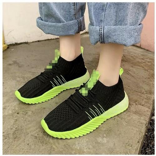 Giày bata cổ len đế màu
