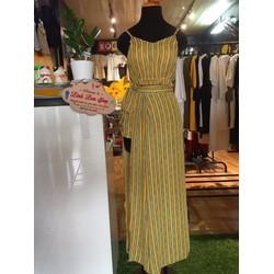 Set ba món đi biển gồm áo 2 dây, quần, váy choàng