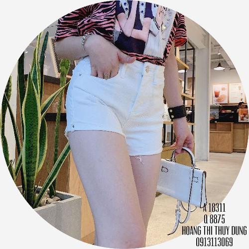 quần short jean nữ xinh xắn