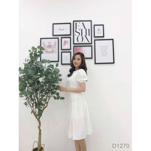 Đầm trắng xếp ly tay phồng
