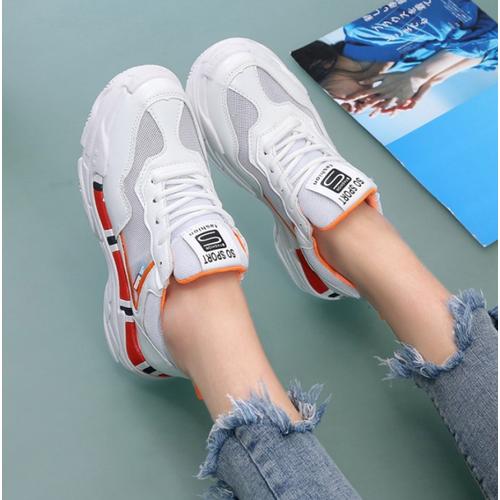 Giày thể thao nữ trắng viền đỏ nổi bật êm chân mv-218