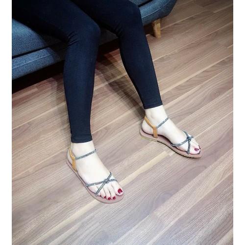 Giày sandal nữ đế bệt quai chéo - 8990265 , 18637384 , 15_18637384 , 255000 , Giay-sandal-nu-de-bet-quai-cheo-15_18637384 , sendo.vn , Giày sandal nữ đế bệt quai chéo