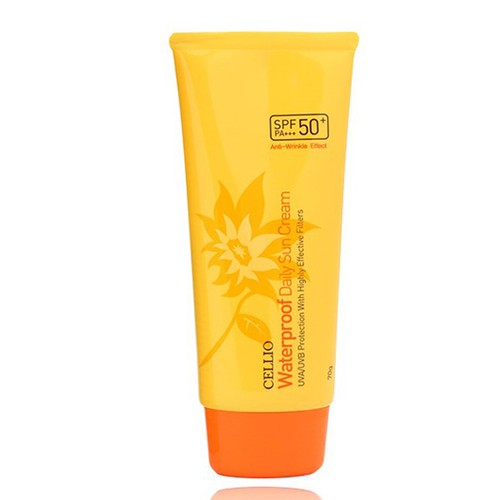 Kem chống nắng  dành cho mọi loại da  Cellio Green Tea Whitening Sun Cream SPF50+ PA+++