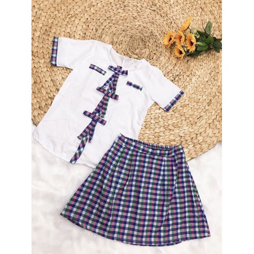 Set áo và váy dễ thương