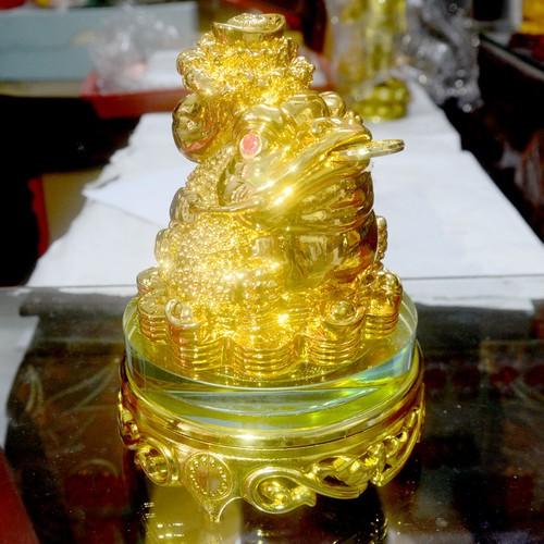 Tượng Cóc Ba Chân ngậm tiền-Thiềm Thừ chiêu tài lộc vàng óng cõng bắp cải có đế xoay cao 16cm - 8993262 , 18642381 , 15_18642381 , 260000 , Tuong-Coc-Ba-Chan-ngam-tien-Thiem-Thu-chieu-tai-loc-vang-ong-cong-bap-cai-co-de-xoay-cao-16cm-15_18642381 , sendo.vn , Tượng Cóc Ba Chân ngậm tiền-Thiềm Thừ chiêu tài lộc vàng óng cõng bắp cải có đế xoay ca