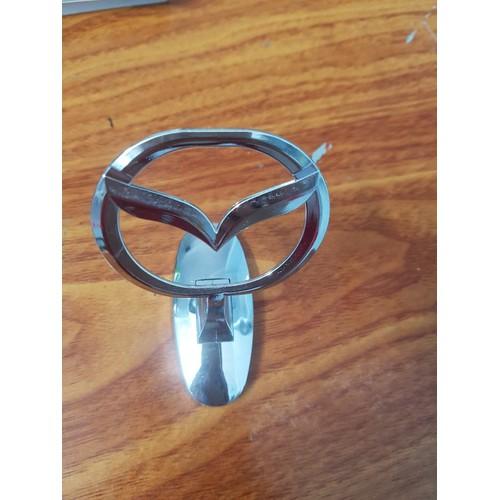 Logo Mazda gắn nắp capo phía trước mui xe - 8996798 , 18647918 , 15_18647918 , 150000 , Logo-Mazda-gan-nap-capo-phia-truoc-mui-xe-15_18647918 , sendo.vn , Logo Mazda gắn nắp capo phía trước mui xe