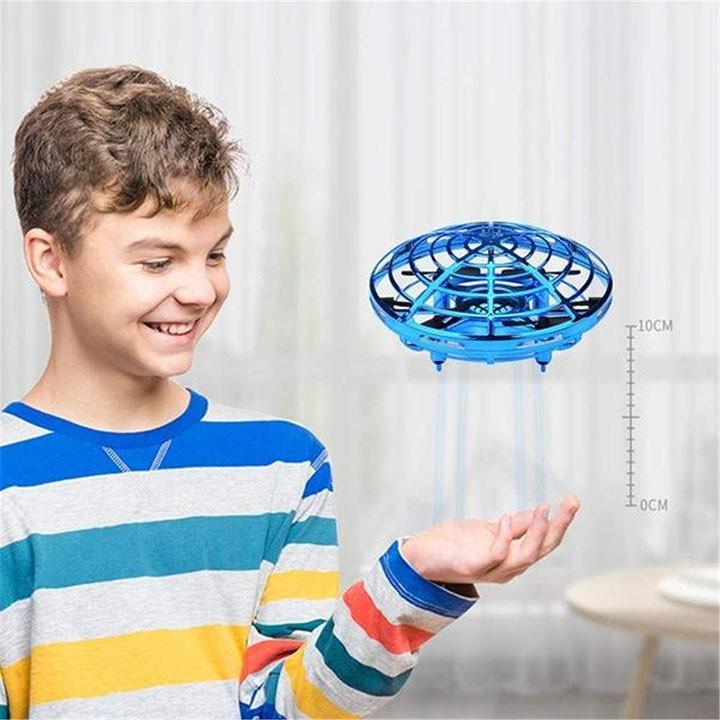 Đồ Chơi Đĩa bay cảm ứng thông minh UFO tự điều khiển