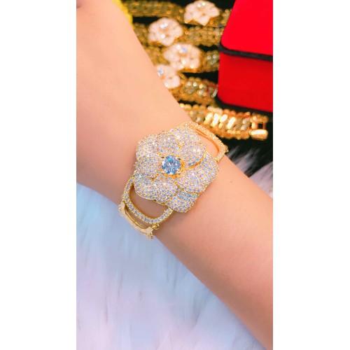 Lắc tay nữ dát vàng 18k kiểu hoa mẫu mới cực đẹp - 9030529 , 18694929 , 15_18694929 , 350000 , Lac-tay-nu-dat-vang-18k-kieu-hoa-mau-moi-cuc-dep-15_18694929 , sendo.vn , Lắc tay nữ dát vàng 18k kiểu hoa mẫu mới cực đẹp