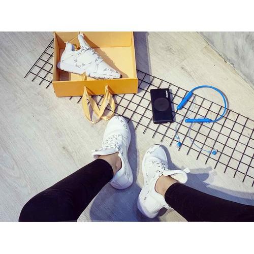 sneaker chất da mờ phối viền