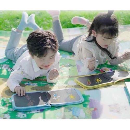 Sách vẽ kèm bút và khăn ướt - 9054578 , 18730052 , 15_18730052 , 148000 , Sach-ve-kem-but-va-khan-uot-15_18730052 , sendo.vn , Sách vẽ kèm bút và khăn ướt