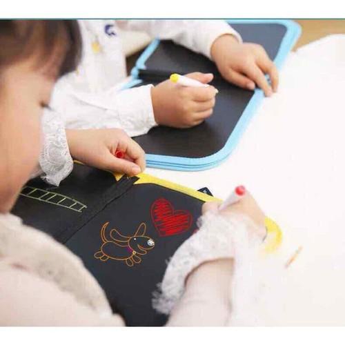 Sách vẽ kèm bút và khăn ướt - 9066025 , 18745619 , 15_18745619 , 148000 , Sach-ve-kem-but-va-khan-uot-15_18745619 , sendo.vn , Sách vẽ kèm bút và khăn ướt