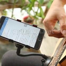 Kẹp điện thoại guitar xem hợp âm tiện lợi