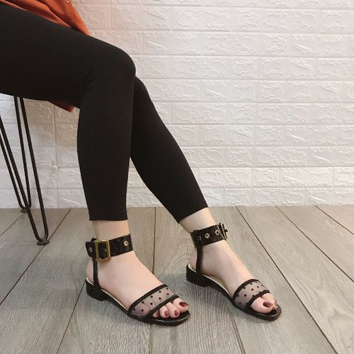 Giày sandanl bảng lưới bi khoá