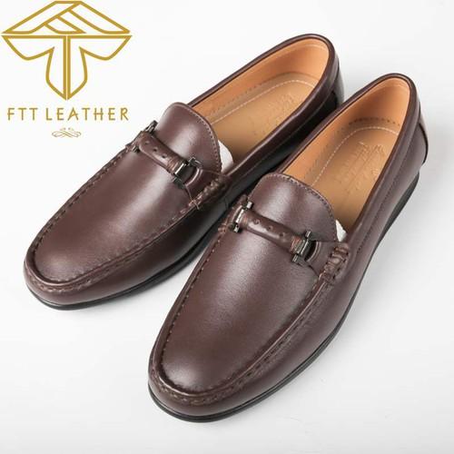 Giày lười màu nâu mẫu giày trẻ trung độc đáo
