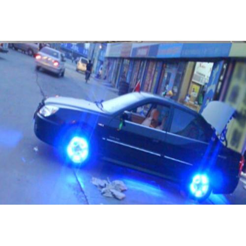 Đèn LED gắn bánh cá tính đổi màu cho oto,xe máy  TI132 1