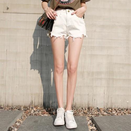 Quần Short Jeans Rách Lai