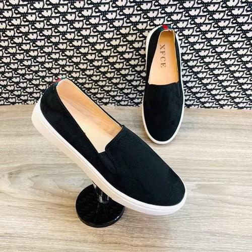 Giày slipon nữ trơn gót viền