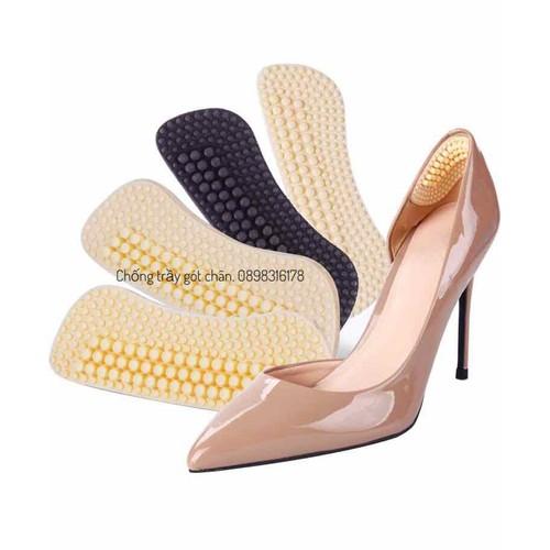 Dán gót giày chống tuột gót trầy gót chân có hạt massage