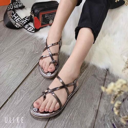 Sandal xỏ ngón đan dây