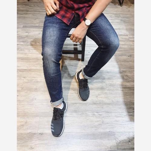 Quần jean nam dài ôm