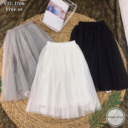 chân váy lưới xoè xinh