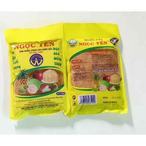muối ngọc yến chay mặn đều dùng được 10 bịch 1kg  giá 70k