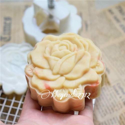 Khuôn trung thu 2019 mẫu hoa hồng 150g mẫu 91