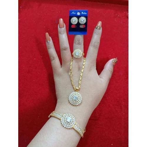 bộ trang sức vàng non 10k bao gồm 4 món: lắc nhẫn dây chuyền hoa tai - 9126516 , 18834466 , 15_18834466 , 750000 , bo-trang-suc-vang-non-10k-bao-gom-4-mon-lac-nhan-day-chuyen-hoa-tai-15_18834466 , sendo.vn , bộ trang sức vàng non 10k bao gồm 4 món: lắc nhẫn dây chuyền hoa tai