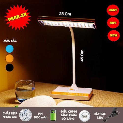 Đèn học để bàn