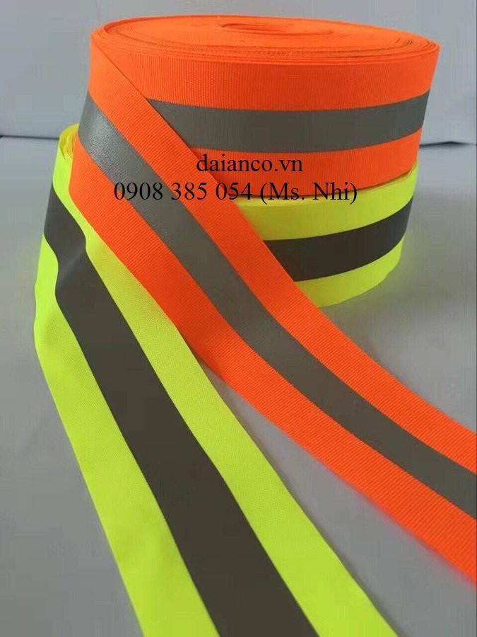 Hình ảnh Giảm giá đặc biệt 10m dây phản quang vải kẻ 5cm may kèm áo, áo mưa, balo- Hình thật, hàng sẵn