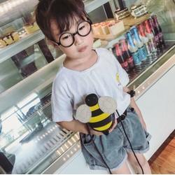 Túi đeo chéo hình con ong trẻ em