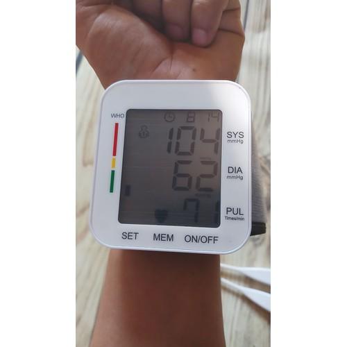 Máy đo huyết áp cổ tay tự động - tặng nhiệt kế điện tử