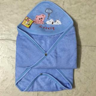 khăn choàng ủ ấm cho bé