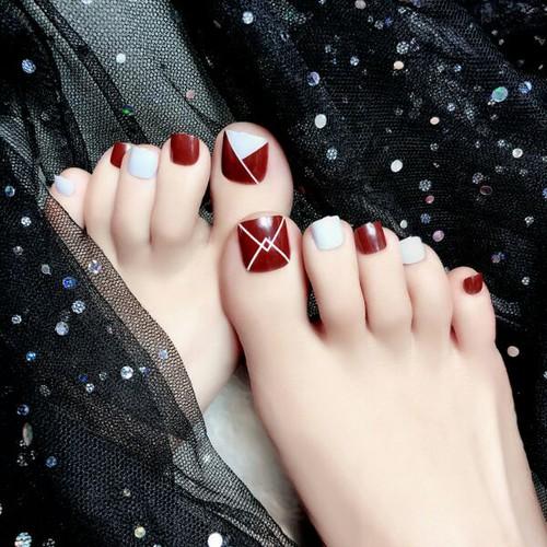 Bộ 24 móng chân giả mẫu c37 sơn cao cấp kèm keo dán