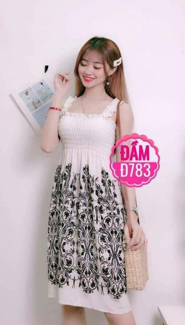 Đầm maxi ngắn xinh màu trắng hoa văn