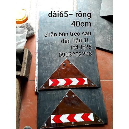 ĐÔI CHẮN BÙN SAU ĐÈN CÓ GẮN INOX CHUẨN b40-65cm