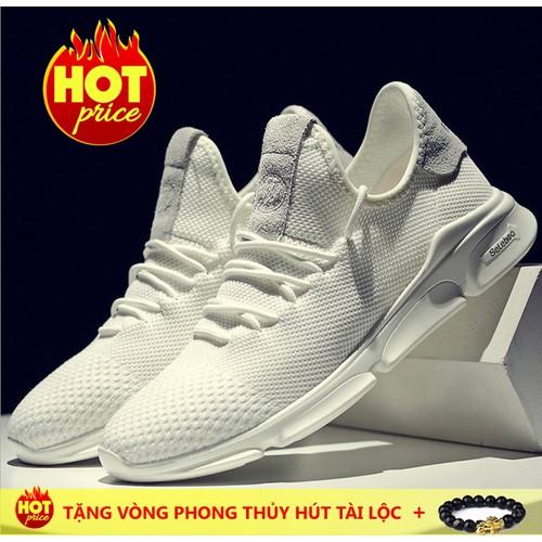 Giày sneaker phong cách