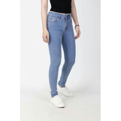 quần jeans kiểu ôm