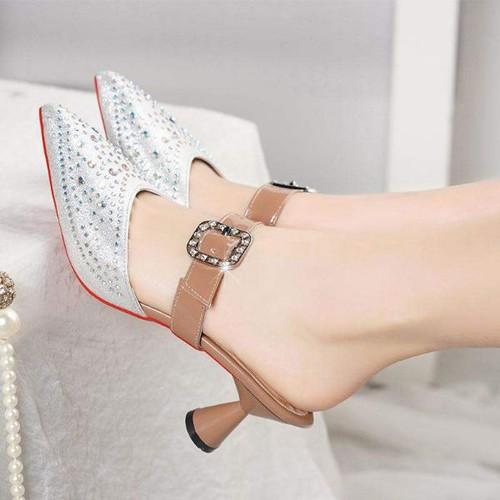 Giày cao gót thấp đính đá quai cài sang trọng