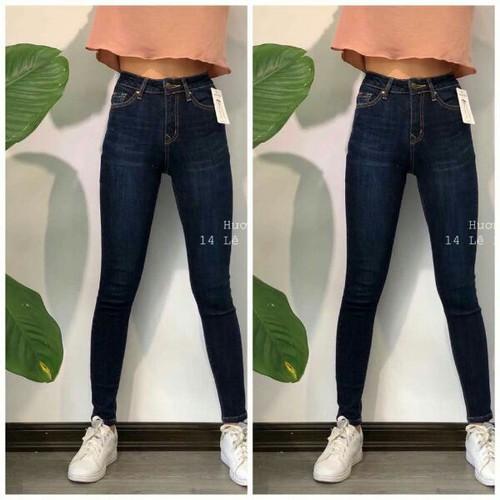 quần jeans dáng chuẩn