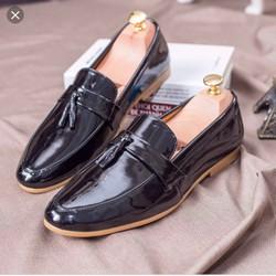 Giày lười nam quả chuông , đế pu khâu chắc chắn , có 2 loại da bóng và simili mờ.
