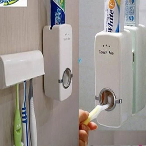 Nhả kem đánh răng