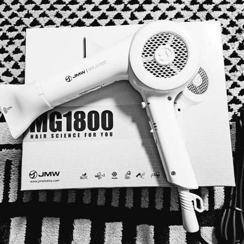 Máy sấy tóc JMW MG1800 – 1500 W - 8647406 , 17925494 , 15_17925494 , 2980000 , May-say-toc-JMW-MG1800-1500-W-15_17925494 , sendo.vn , Máy sấy tóc JMW MG1800 – 1500 W