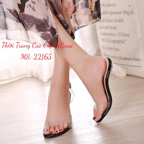 Giày sandal cao gót vuông 7 phân trong suốt quai ngang size 33 đến 43 NRossi