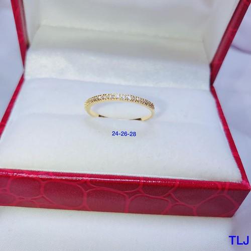Nhẫn nữ bằng vàng tây một hàng đá