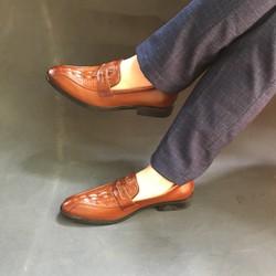 Giày lười nam dập vân mẫu mới màu nâu