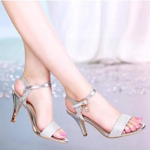 Giày sandal cao gót nữ phối kim tuyến - 8640117 , 17923046 , 15_17923046 , 320000 , Giay-sandal-cao-got-nu-phoi-kim-tuyen-15_17923046 , sendo.vn , Giày sandal cao gót nữ phối kim tuyến