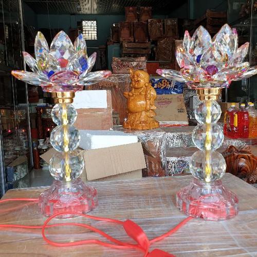 Cặp đèn thờ đá pha lê 203 cao 23 cm tự động đổi màu