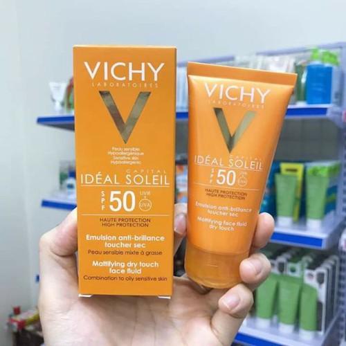 KEM CHỐNG NẮNG VICHY CAPITAL SOLEIL SPF50 MATTIFYING DRY TOUCH FACE FL